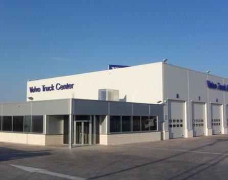 Volvo Truck Dealer >> New Used Volvo Trucks Dealer Open In Kent Assettradex
